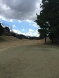 東条ゴルフ倶楽部OUT4番