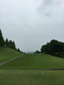 青山台ゴルフ倶楽部01_IN14番